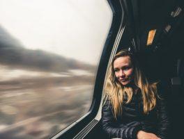 twents als officiële taal in de trein